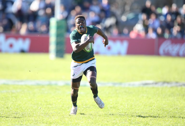 Muzi Manyike at full sprint to score for SA Schools against England in 2018