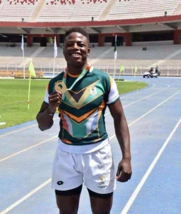 Muzi Manyike with his 2018 Youth Olympic Games gold medal