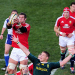British & Irish Lions lock Simon Shaw and Bok Bakkies Botha compete at a lineout