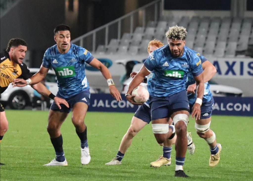 Blues down Force to seal home final