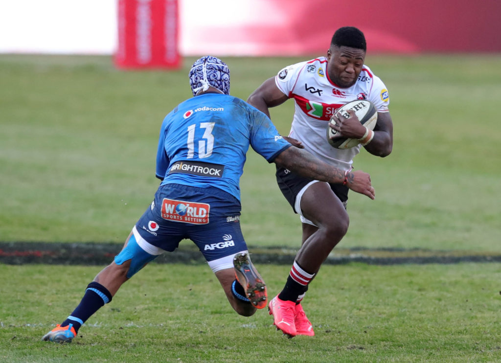 Wandisile Simelane of the Lions challenged by Lionel Mapoe of the Bulls during the 2021 Carling Currie Cup match between Bulls and Lions at Loftus Versfeld Stadium, Pretoria, on 25 July 2021 ©Samuel Shivambu/BackpagePix