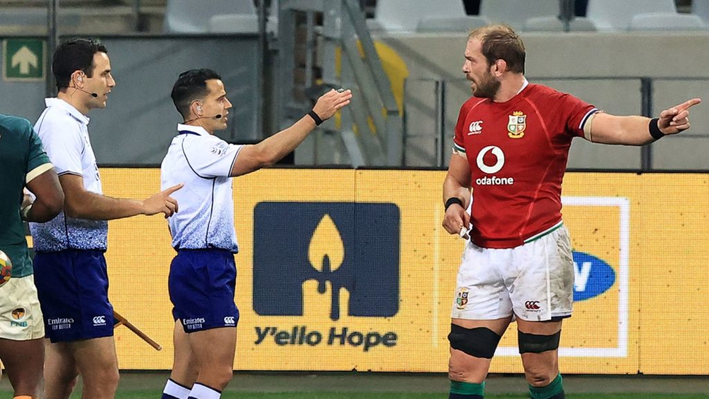 Referee Nic Berry and Lions captain Alun Wyn Jones
