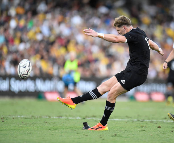 TOWNSVILLE, AUSTRALIA - SEPTEMBER 25: Jordie Barrett of the All Blacks kicks a penalty goal during the Rugby Championship match between the New Zealand All Blacks and the Argentina Pumas at QCB Stadium on September 25, 2021 in Townsville, Australia.